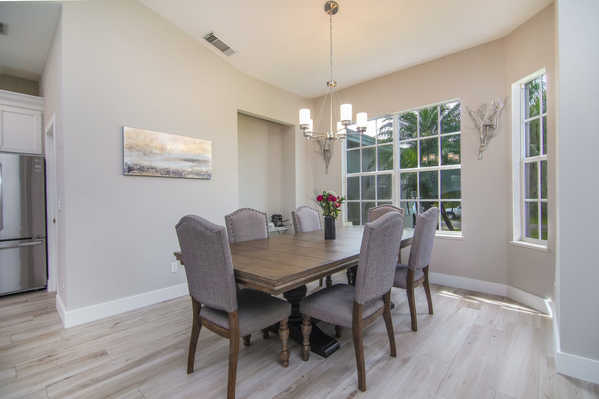 Fern Circle | Dining Table
