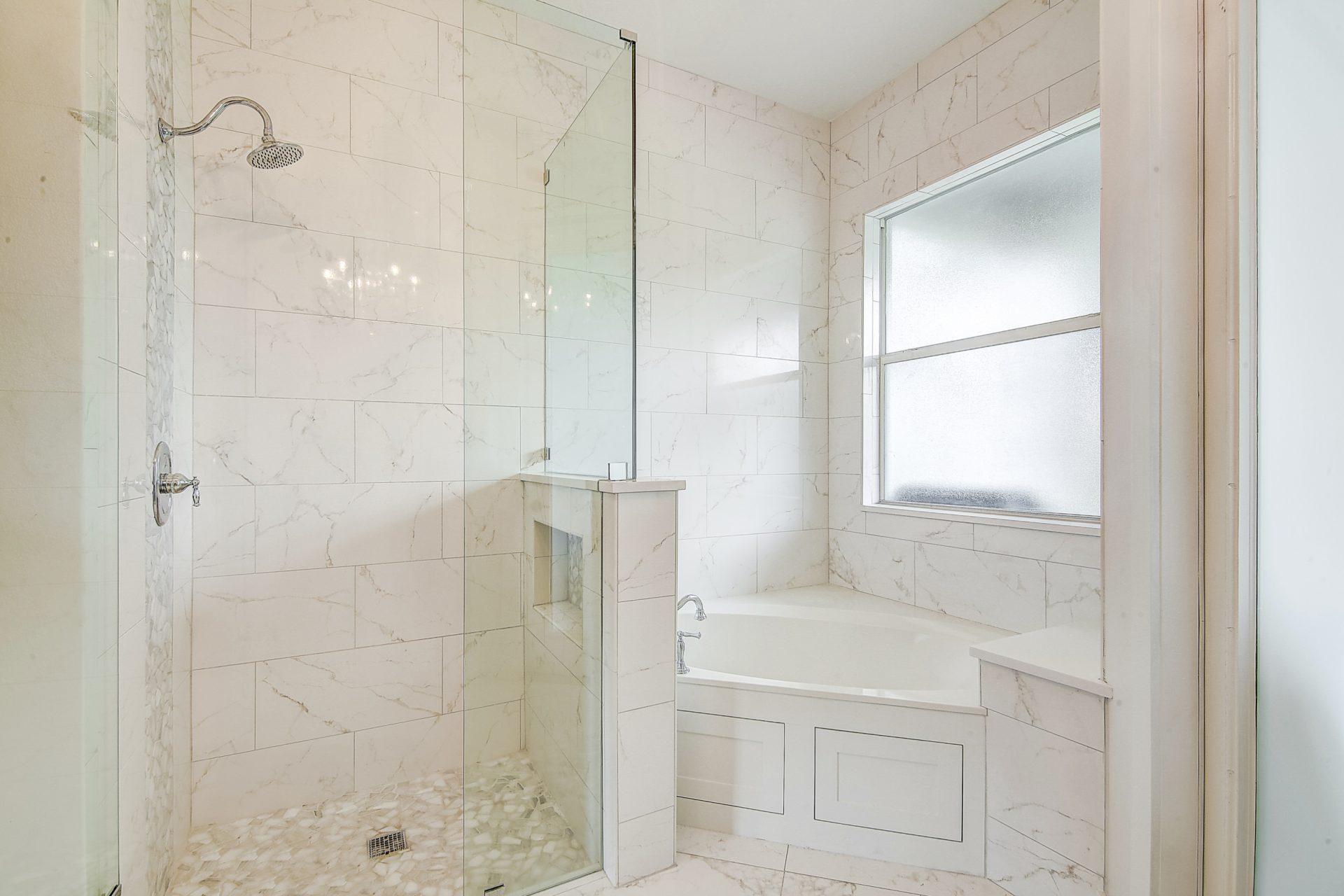 Fern Circle | Master Bathroom