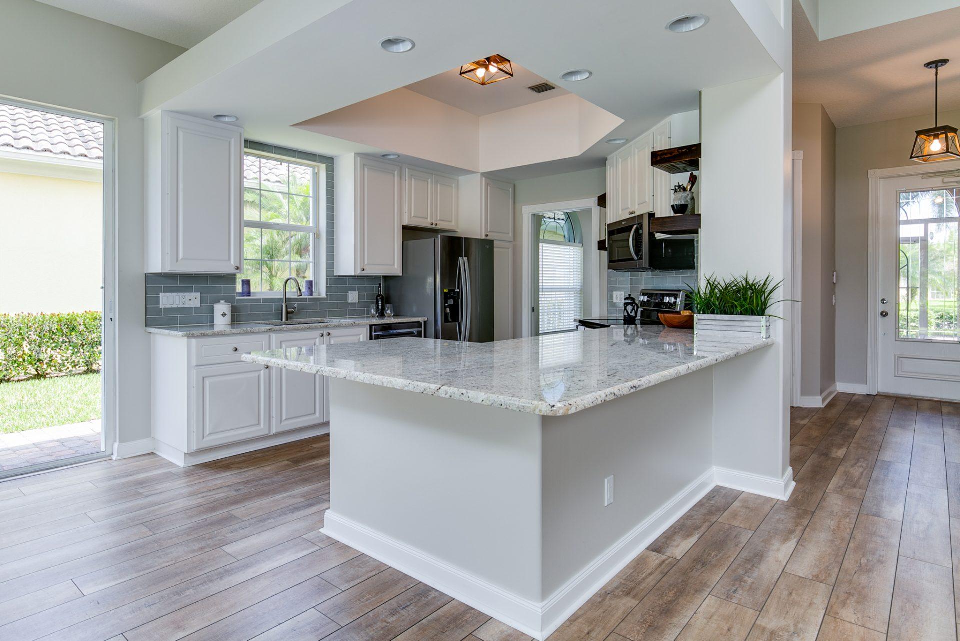 Northland Drive | Kitchen