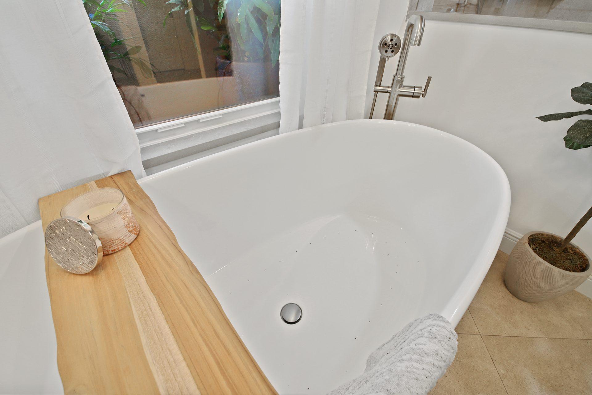 Master Bathroom Sanctuary | Tub