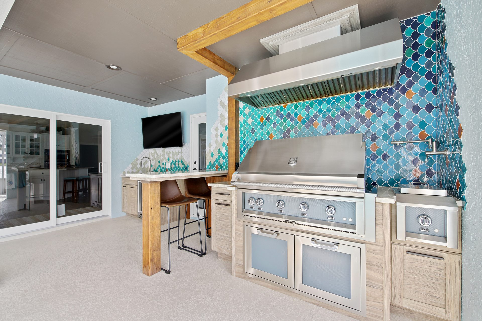 Fish Scale Outdoor Kitchen