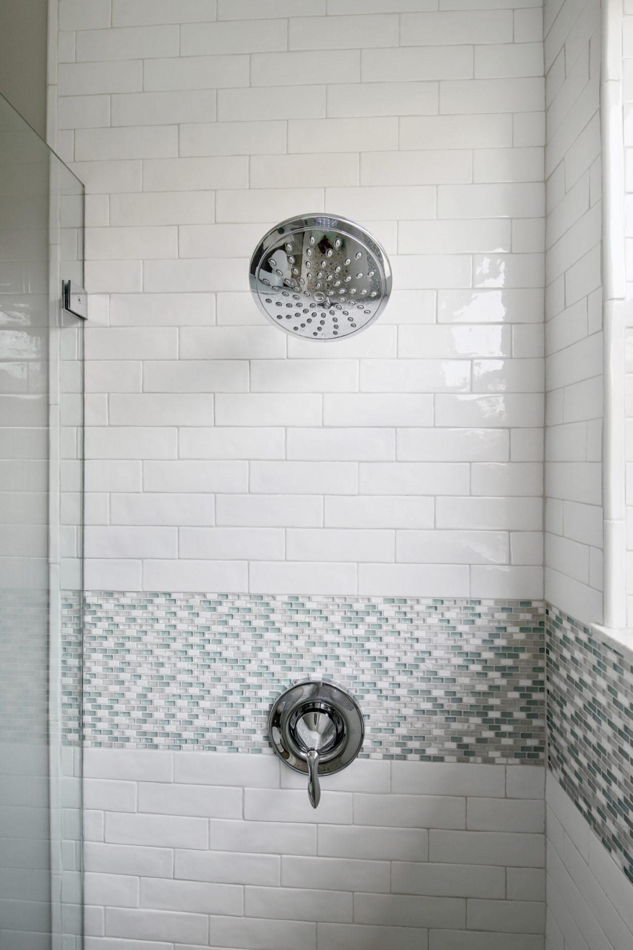 Belle Maison Drive | Guest Bathroom Shower