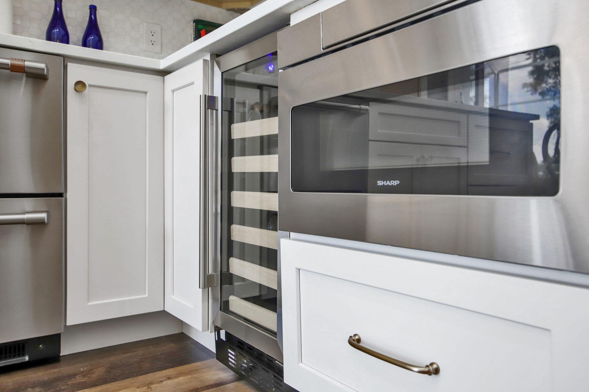 Belle Maison Drive | Kitchen