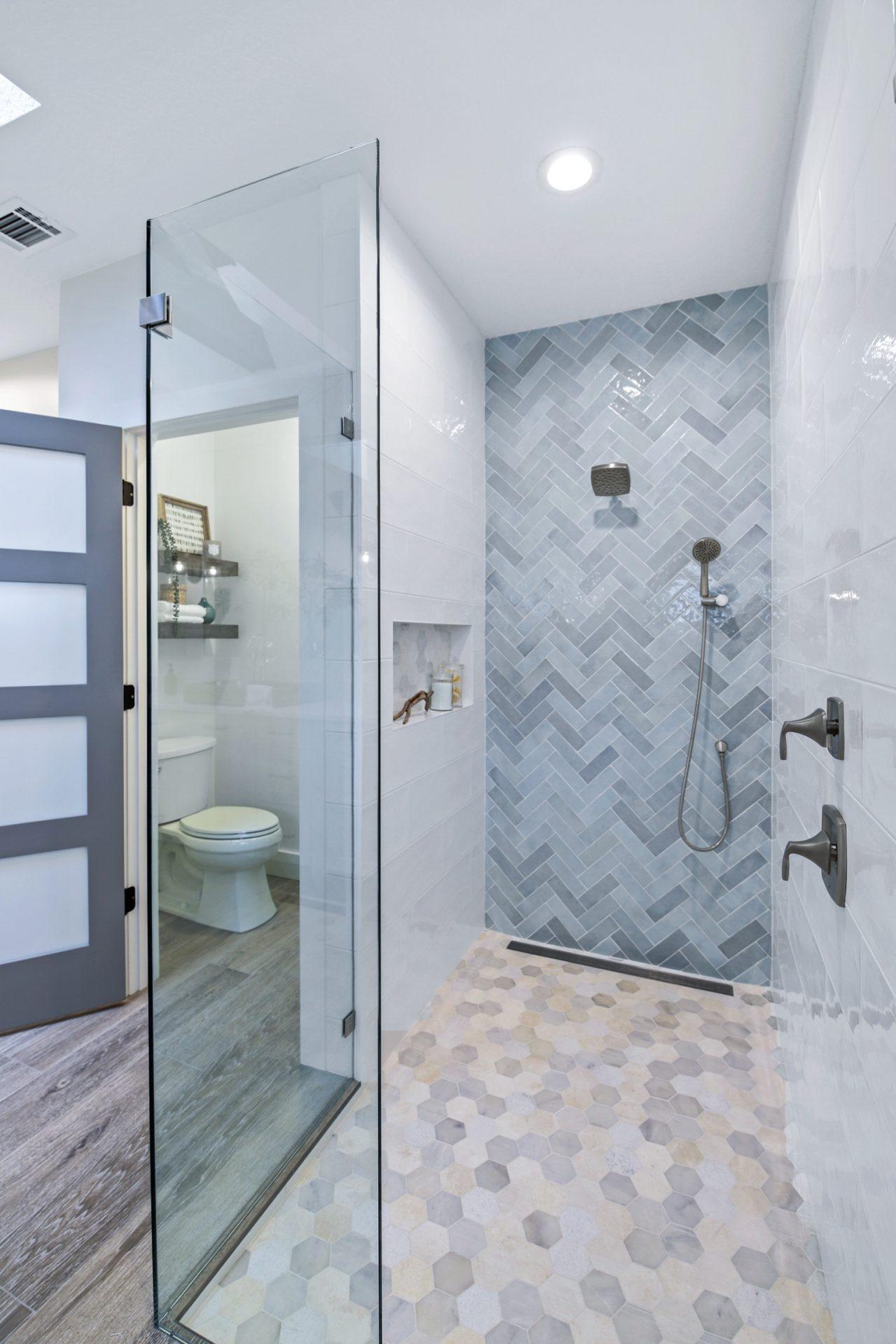 Oakhaven Oasis   Shower
