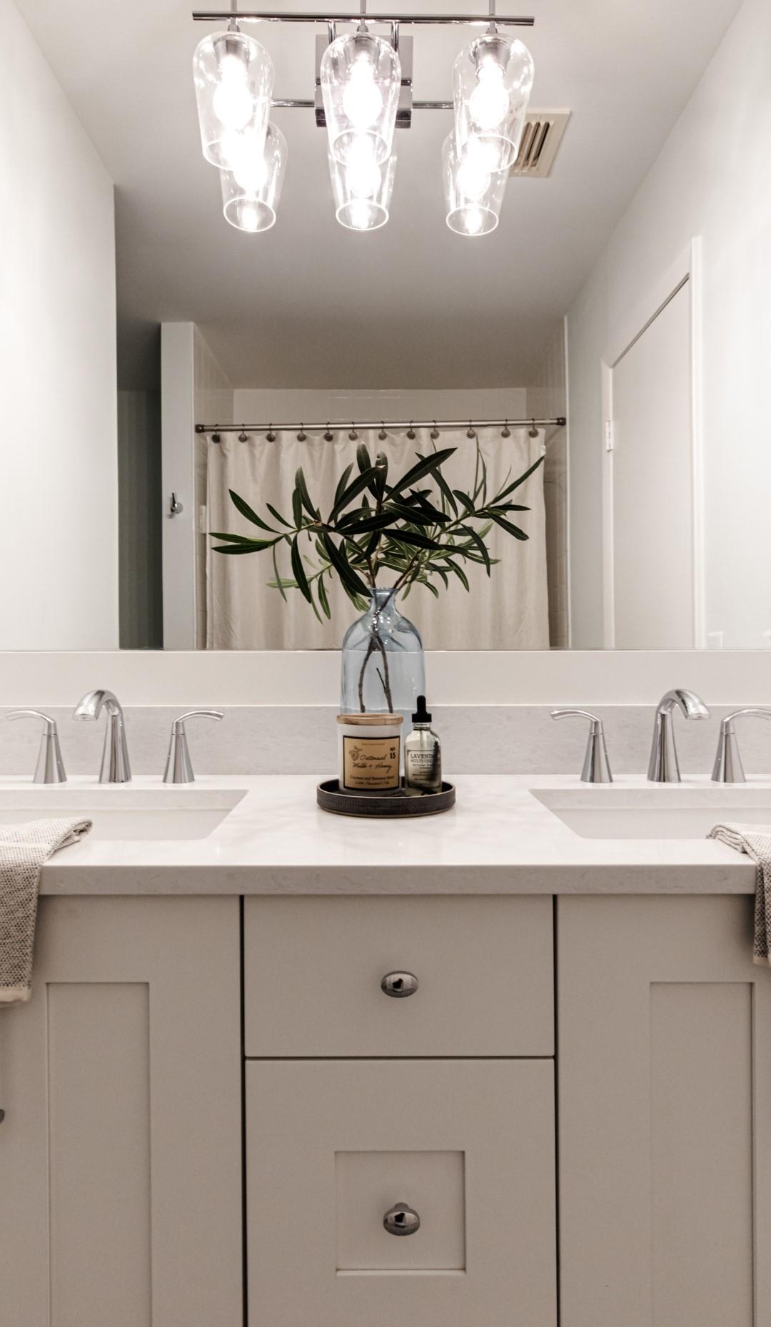 Catamaran Terrace   Bathroom